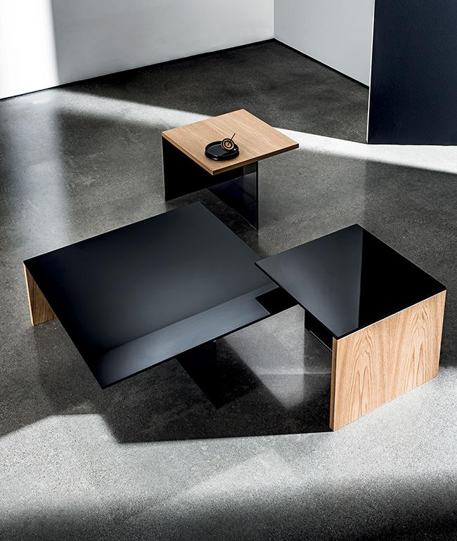 Tavolini Regolo quadrati con piano in legno e vetro